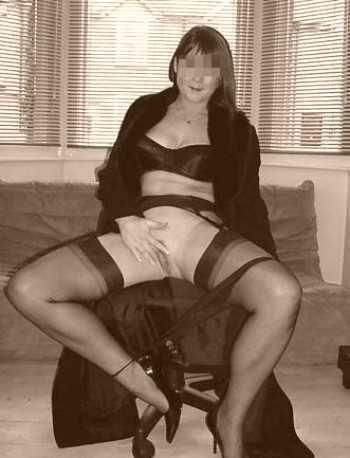 Femme mature sexy veut rencontrer un mec jeune sur Villeurbanne