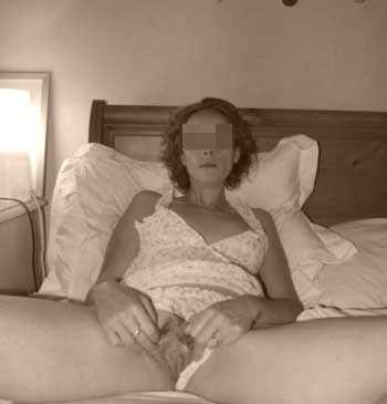 Femme mure aimant la fellation et le sperme à Villeurbanne