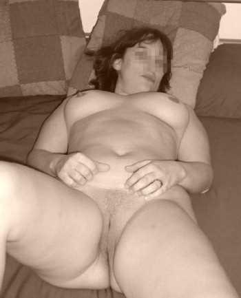Femme mure sexy à Montpellier cherche un jeune mec