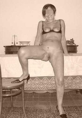 Femme cougar pour un mec jeune et excitant à Drancy
