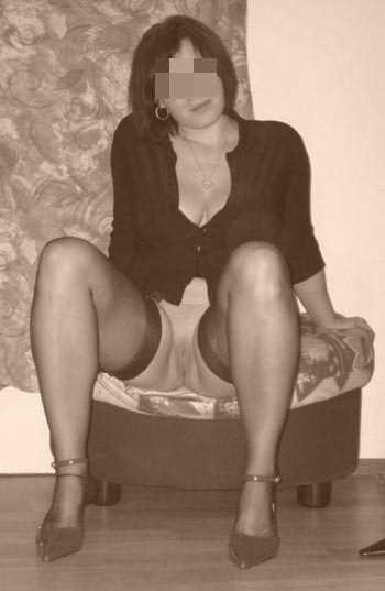 Femme cougar sexy veut se faire partouzer à Aix-en-Provence