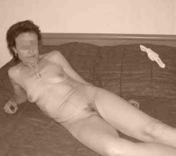 Femme mature salope sur Neuilly-sur-Seine pour un plan cul