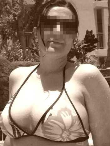 Femme cougar nymphomane voudrait rencontrer un jeune homme bien vicieux à Marseille