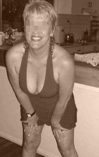 Femme cougar chaude pour sexe anal à La Seyne-sur-Mer