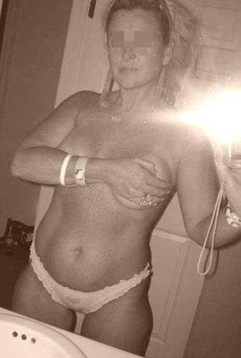 Cougar aimerait trouver un jeune homme ttbm à Nanterre