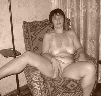 Belle femme mature à Saint-Étienne pour une rencontre intime