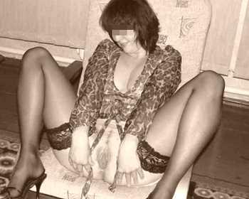 Cougar vicieuse en manque de sexe à Albi